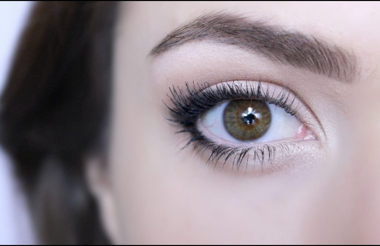 Make your eyes look extremely classy and beautiful