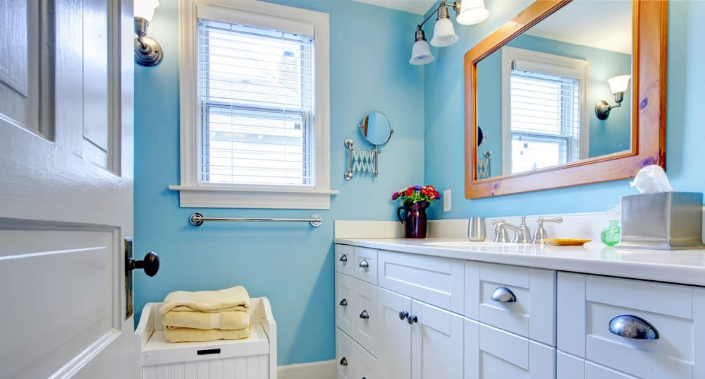 Declutter your home with these 6 bathroom storage solutions
