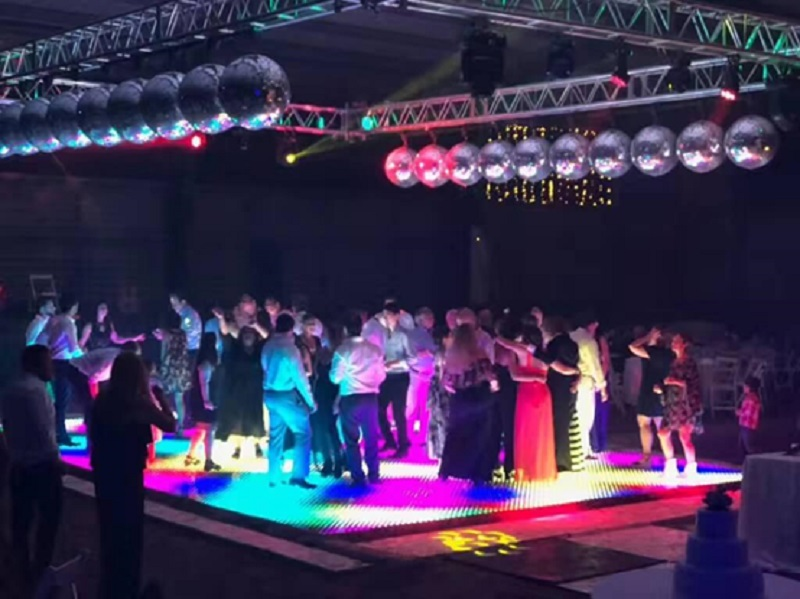 WHY INTERACTIVE LED DANCE FLOOR IS THE BEST CHOICE FOR YOUR PARTY?