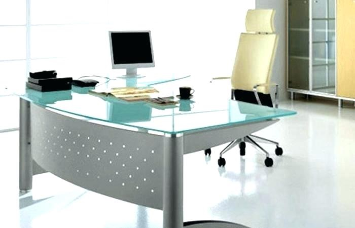 Office furniture should be fashionable and comfortable: