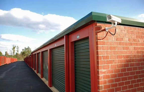 Can a storage facility sell your items?