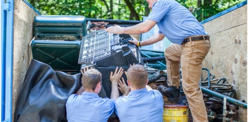 Some vital questions to ask to choose the best rubbish removal services