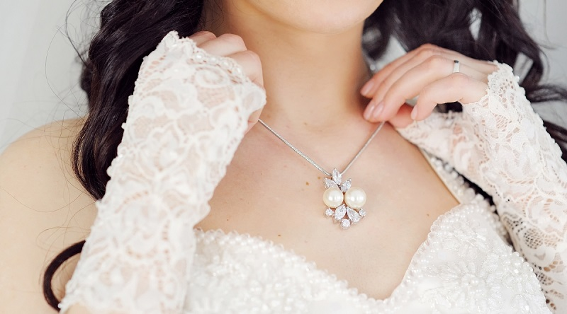 How to Choose The Bridal Jewellery Set?