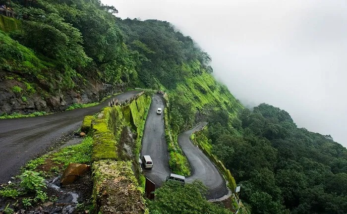A road trip from Pune to Mumbai