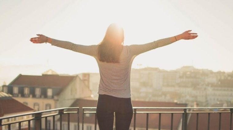 How Self Love Helps You To Stay Positive