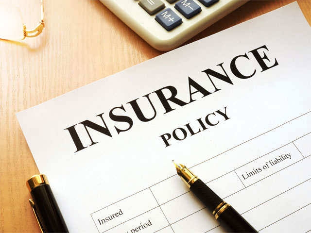 Group Insurance Vs Individual Cover: What Should You Opt For?