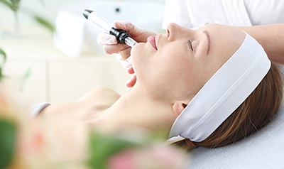 Micro needling: The multipurpose cosmetic procedure that can cure acne scars to hair loss