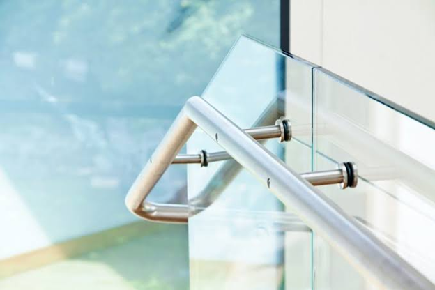 Why Should You Have Frameless Glass Balustrades At Your Home?