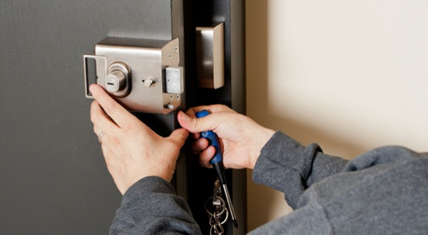 Why You Need Emergency Locksmith Services?- 6 Reasons