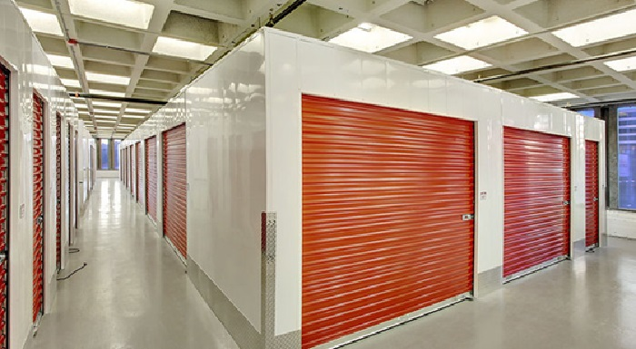 The advantages of using self storage to businesses & homes