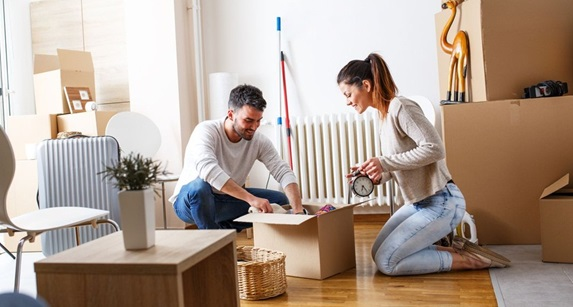 Factors that Should be Kept in Mind before Hiring Packers And Movers Company!!