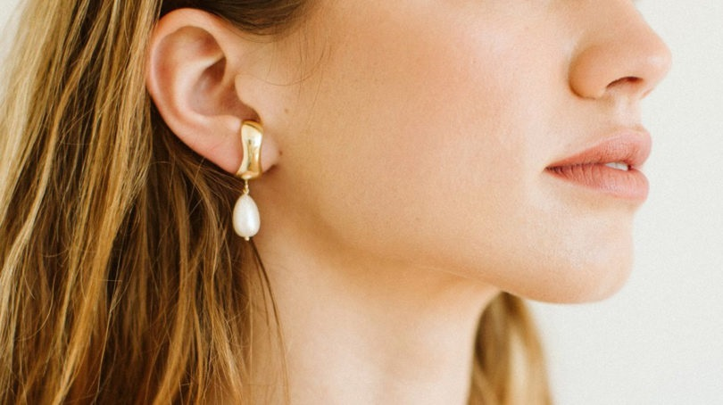 Top 6 Lightweight Gold Earrings Design in 2020