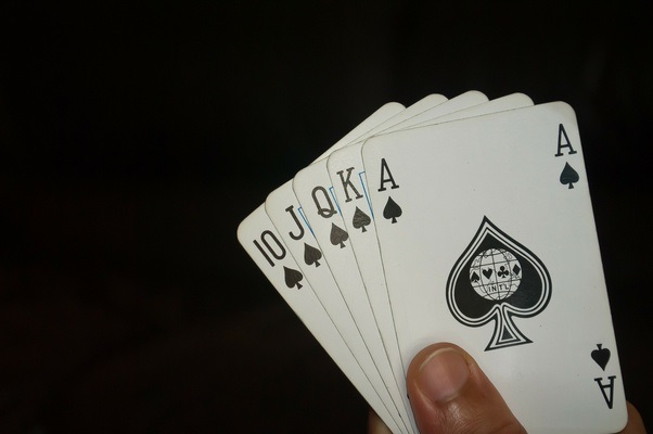 10 secrets to playing rummy on mobile