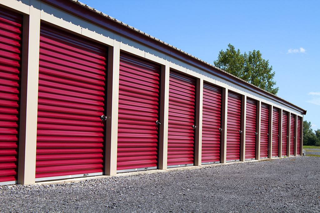 5 Reasons Why You Should Use Self-Storage Units