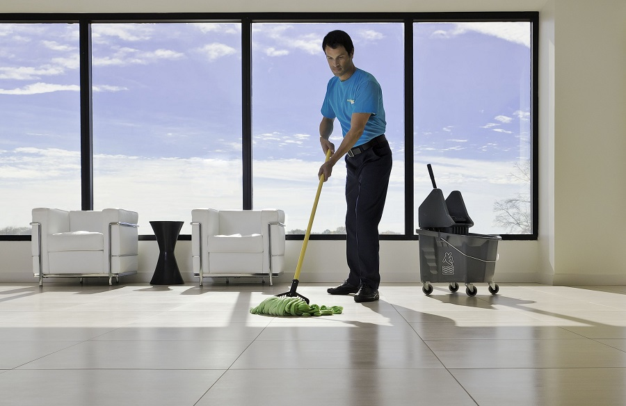 Top Questions to Ask When Hiring A Commercial Cleaning Company