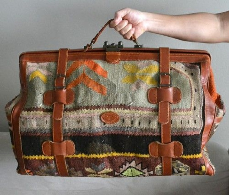 Grab your hands and order Suzani bags from turkey: