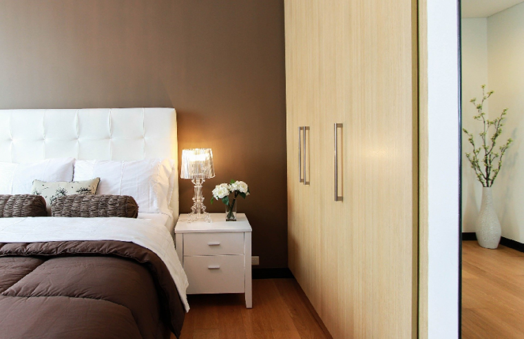 Everything You Should Know about the Various Materials for Your Bedroom Wardrobe