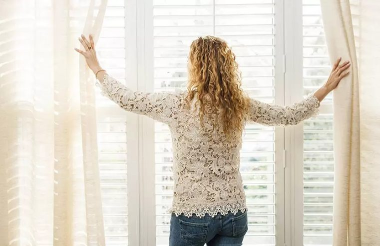 Pros and cons of curtains