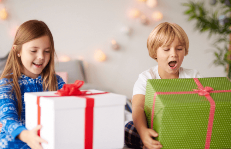 How to Buy Kids Gifts for Kids?