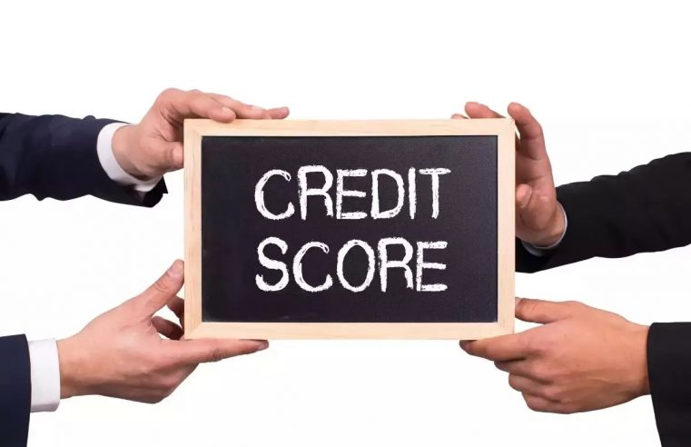 How to get a loan with a low credit score in Canada?