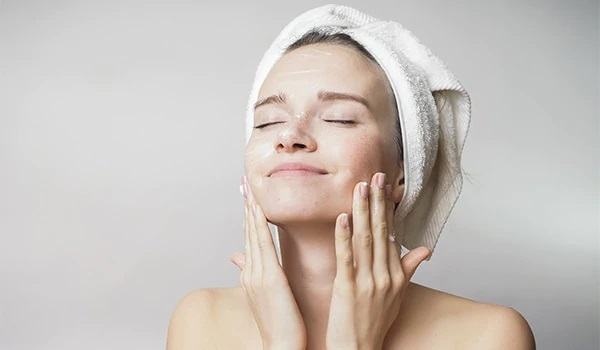 What are the Basics of Cleansing Your Skin?