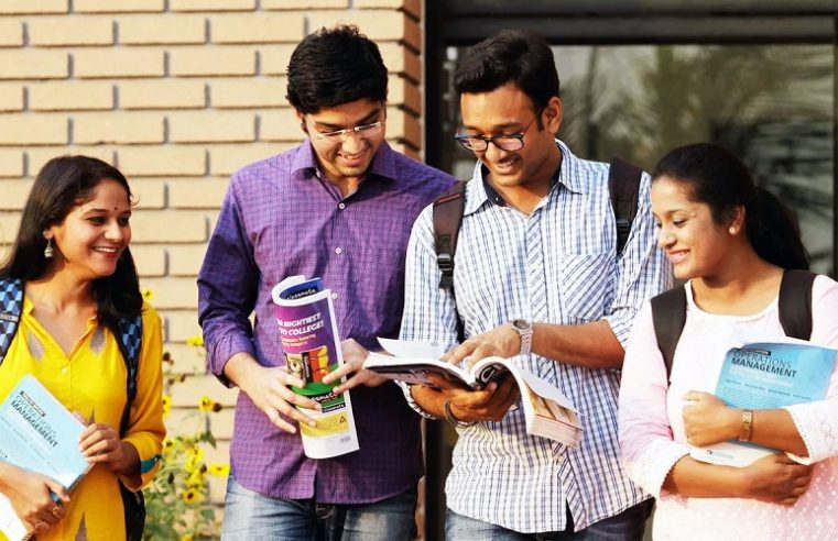 How a BBA LLB Hons course gives you multiple career paths to choose from