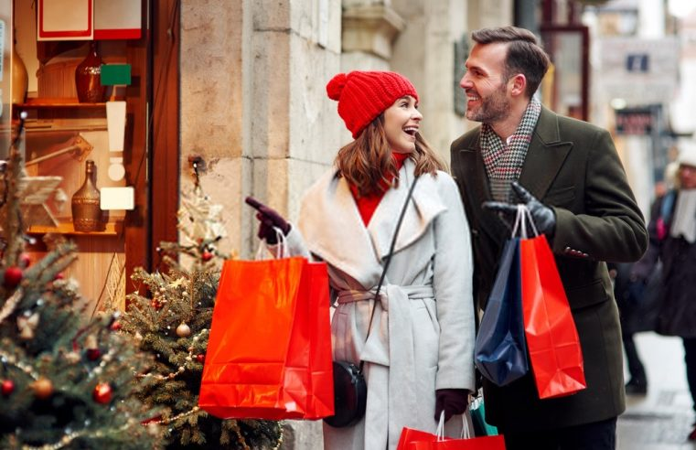 3 Places to Get Great Shopping Deals in the UK