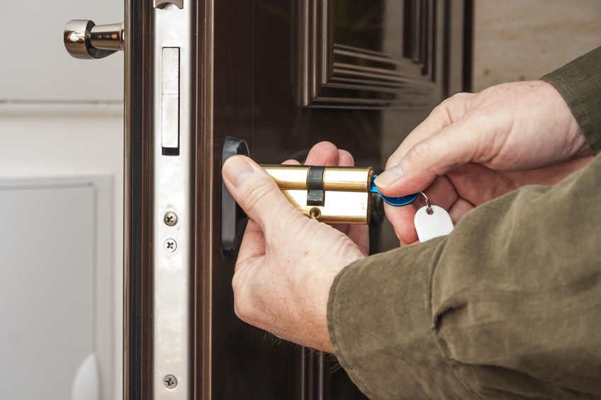 How to choose locksmith