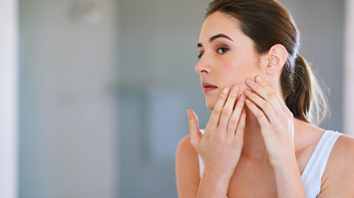 4 Reasons You Should See a Dermatologist