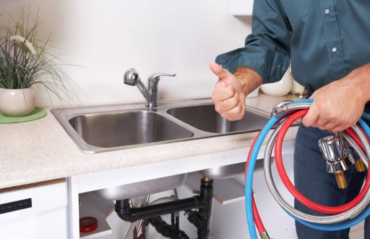 Hiring water damage plumbing service