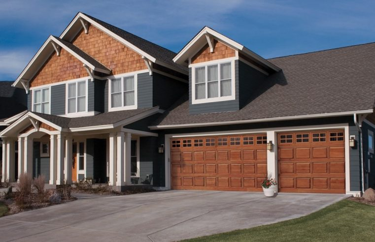 When is the Right Time to Hire a Garage Door Repair Company?