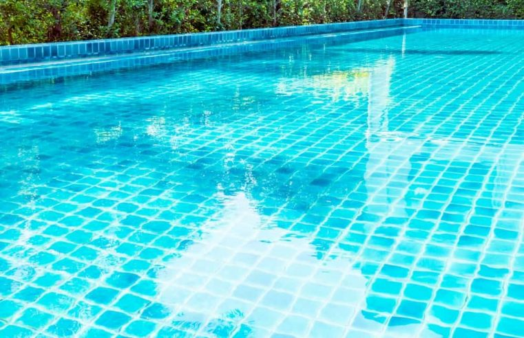 Phosphates In Pool: How To Test It