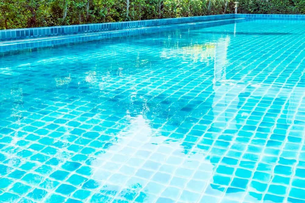 Phosphates In Pool: How To Test It