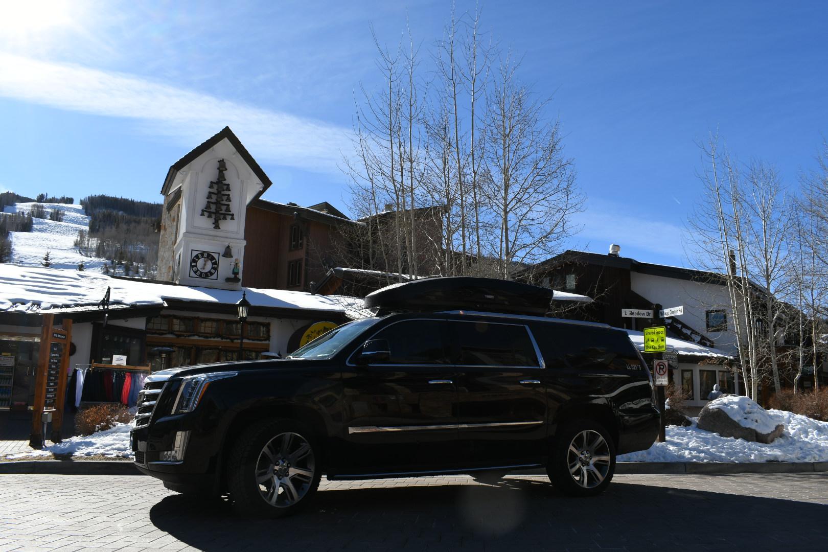 Winter outdoor sports activates in Vail Colorado