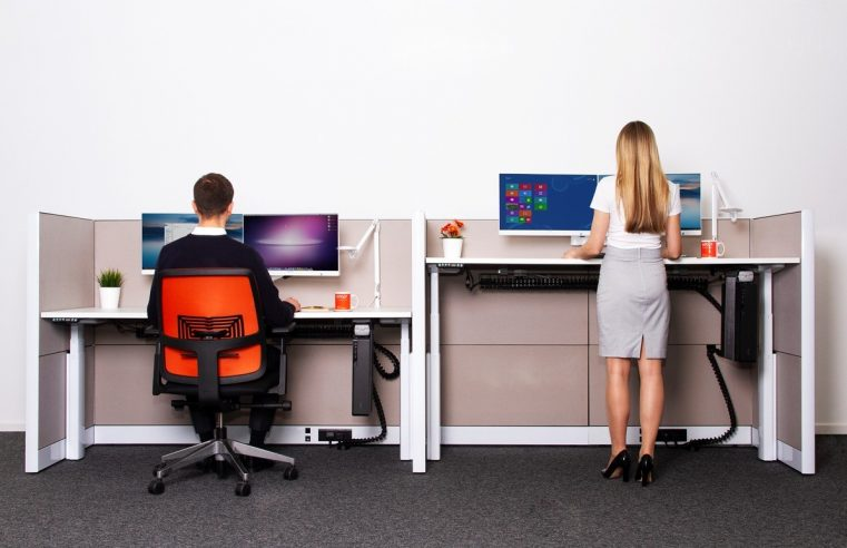 What are the incredible benefits of using height adjusting desks?