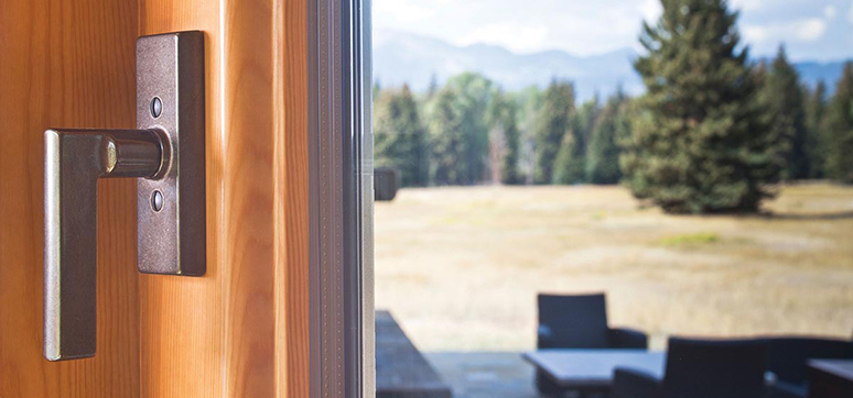 The importance of choosing the right handles for your doors & windows
