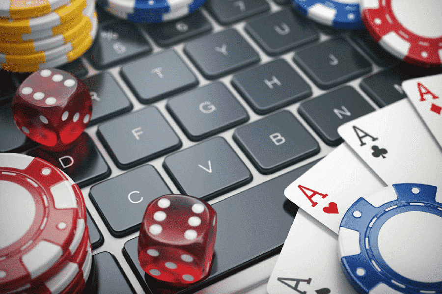 Tips For Beginners While Playing Online Casino Games