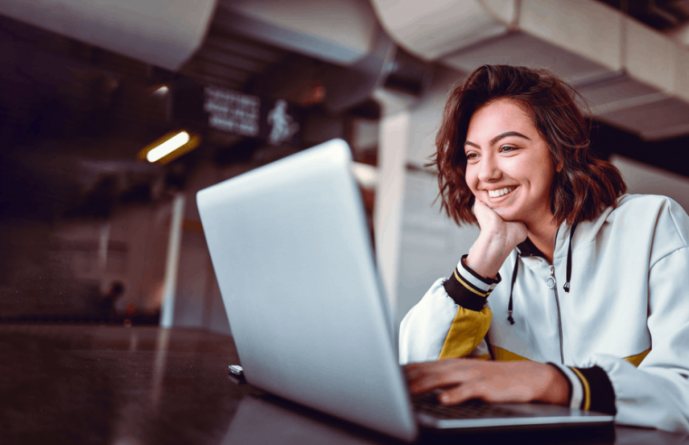 Top 3 online certificate courses for women that can be done from home