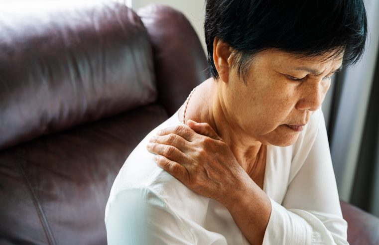 Minimally Invasive Treatment Options to Relieve You From Chronic Pain