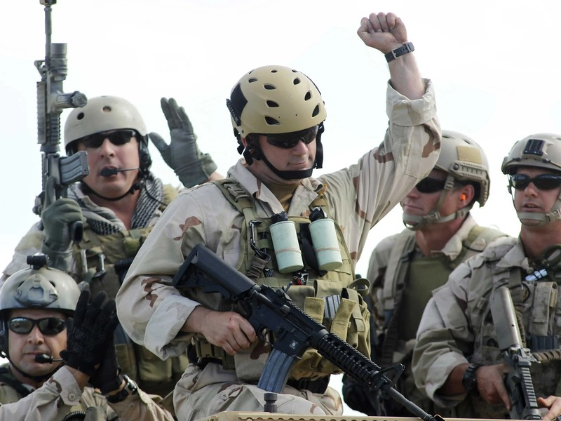 What kind of Helmet do Special Forces Wear?
