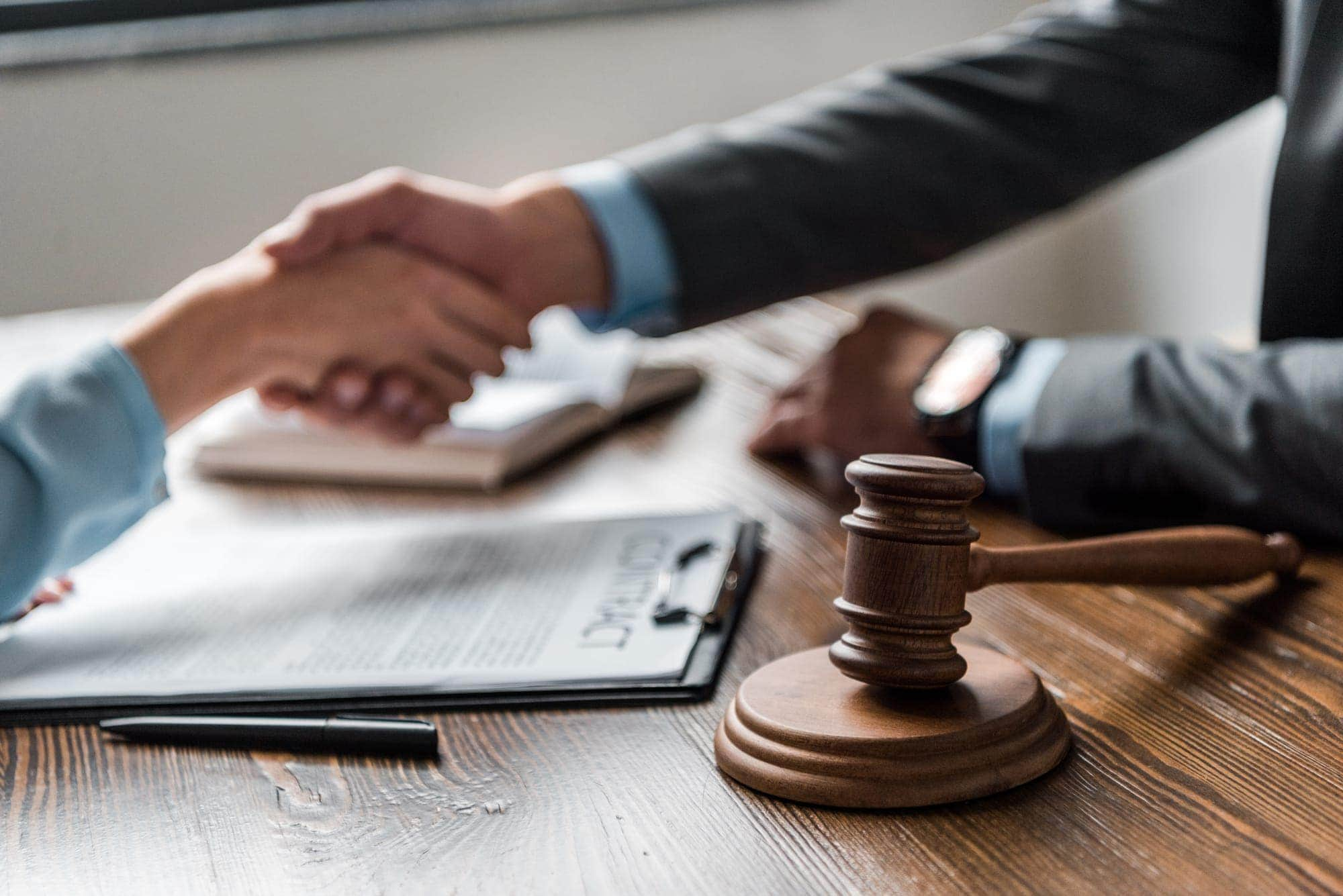 Troubled with Bankruptcy Issues – Use these Tips to Choose a Bankruptcy Lawyer