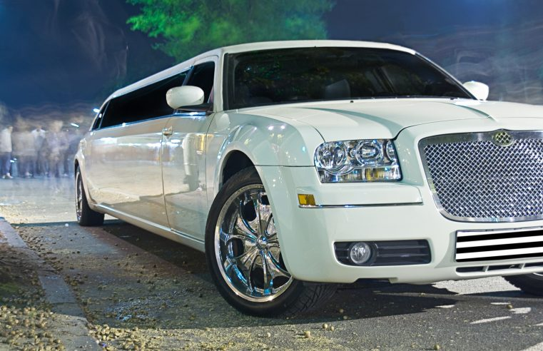 How to become a limo driver – All you need to know