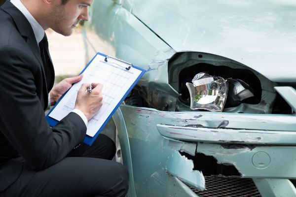 Meeting a Fort Wayne auto accident lawyer? Ask these questions!