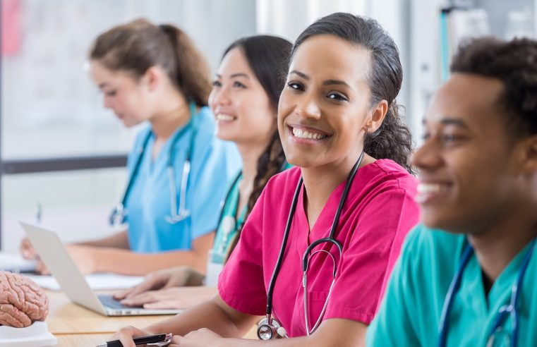 How CNA Certification Classes Will Help You with Your Career