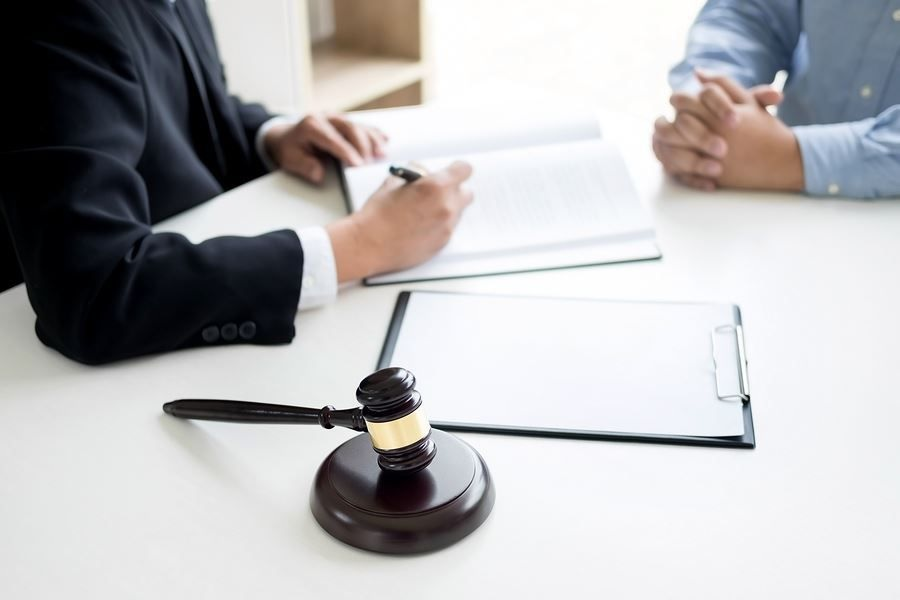 How To Choose The Best Criminal Lawyer?