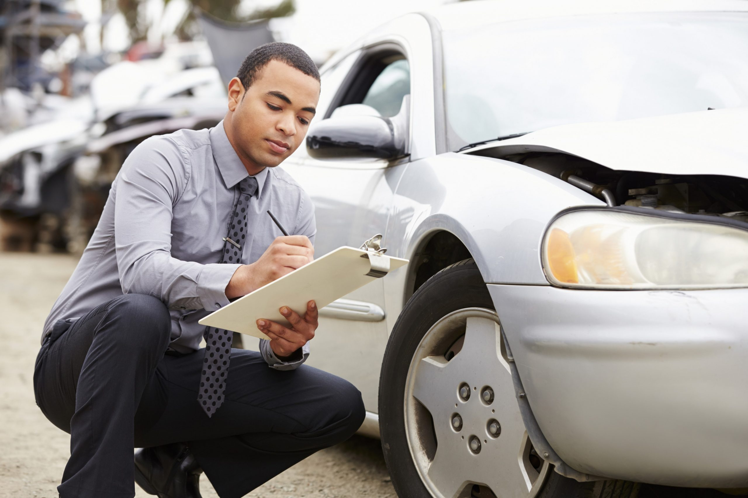 Guide for choosing between car accident lawyers in Pueblo