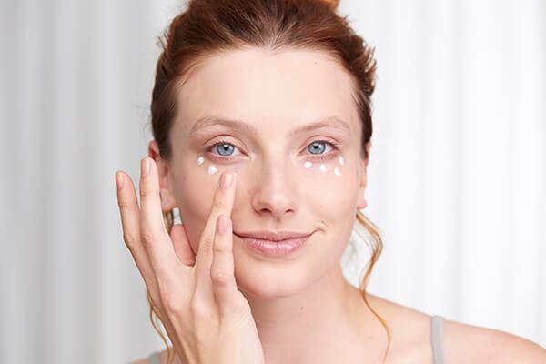 Benefits of using Under Eye Creams