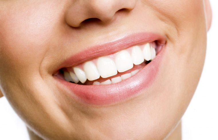 Maintaining Your Natural Teeth in Texas