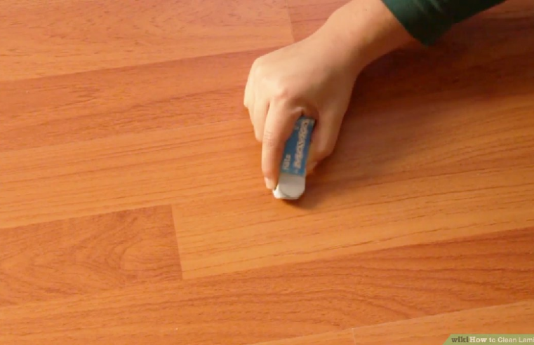 3 Tips for Keeping Your Laminate Flooring Looking New